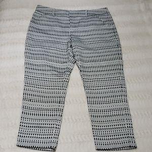 Black&White Geometric striped pixie ankle pants